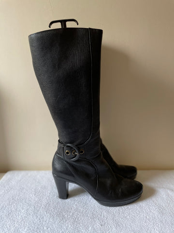 CLARKS BLACK LEATHER BUCKLE TRIM HEEL BOOTS SIZE 6/39