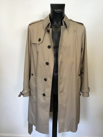 AQUASCUTUM BEIGE KNEE LENGTH BELTED KNEE LENGTH TRENCH COAT SIZE 40 REG