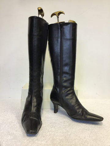 MARCO TOZZI BLACK SUEDETTE BUCKLE TRIM KNEE LENGTH BOOTS SIZE 7/40