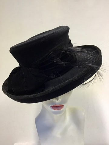 VIYELLA BLACK FORMAL HAT WITH VELVET & FEATHER TRIM