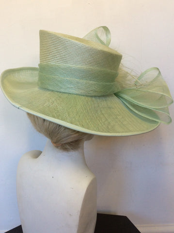 MINOSA LIGHT GREEN FEATHER & BOW TRIM WIDE BRIM FORMAL HAT