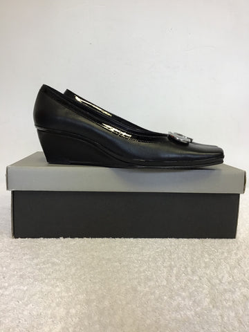 BRAND NEW VAN DAL ANTILLES BLACK LEATHER WEDGE HEELS SIZE 4/37