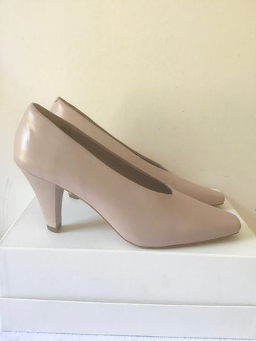 BRAND NEW MARKS & SPENCER AUTOGRAPH NUDE LEATHER HEELS SIZE 6/39
