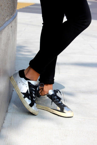 BRAND NEW GOLDEN GOOSE SUPERSTAR SILVER METALLIC & BLACK SUEDE TRIM TRAINERS SIZE 7.5/41 BUT FIT UK 7