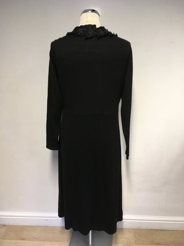 BODEN BLACK WOOL V NECK APPLIQUÉ TRIM FINE KNIT DRESS SIZE 18L