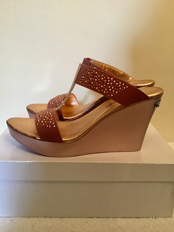 BRAND NEW RUSSELL & BROMLEY BELLABELLA OLD PINK METALLIC WEDGE HEEL MULE SANDALS SIZE 7/40
