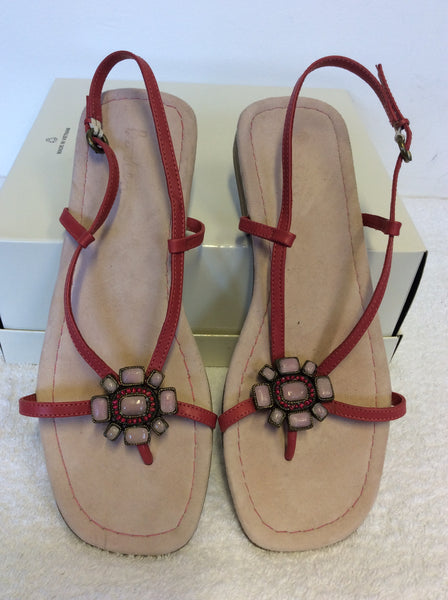 BRAND NEW BODEN CORAL PINK LEATHER TOE POST SANDALS SIZE 7/40