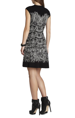 BCBGMAXAZRIA MELISSA BLACK & WHITE PAINTED HOUNDSTOOTH A LINE DRESS SIZE S