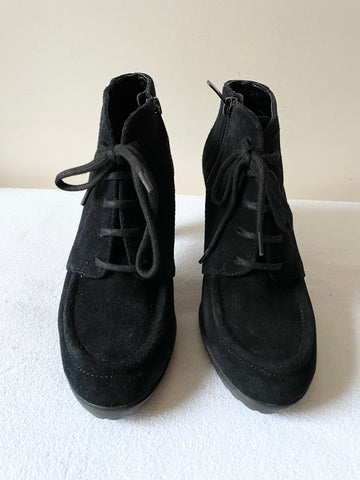 ANNE KLEIN BLACK SUEDE LACE UP SHORT SHOE/BOOTS SIZE 5/38