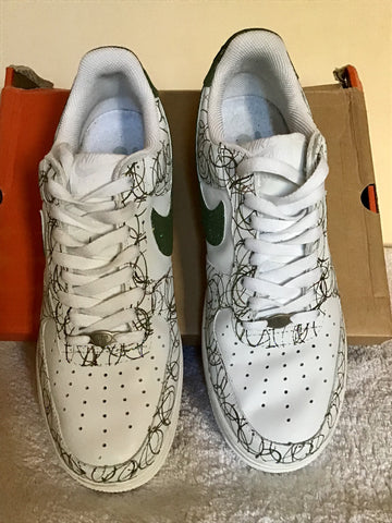 NIKE CAMO AIR FORCE ONE LOW WHITE & GREEN TRAINERS SIZE 8/44