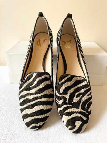VINCE CAMUTO SIGNATURE BLACK & CREAM ZEBRA PRINT TEXTILE & LEATHER FLATS SIZE 6/39