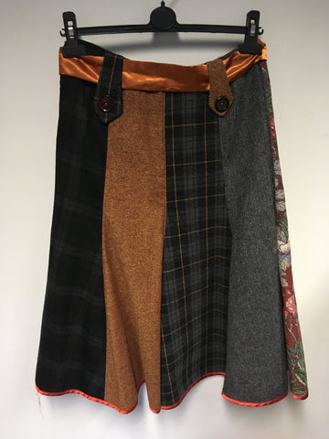 MARSHA SWANZY GREY,BLACK & ORANGE WOOL BLEND FLIPPY PANELLED SKIRT SIZE 10