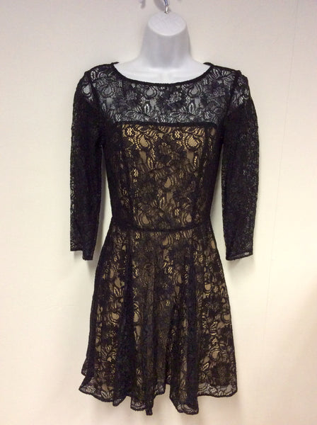 ARMANI EXCHANGE BLACK & NUDE LINED LACE DRESS SIZE 4