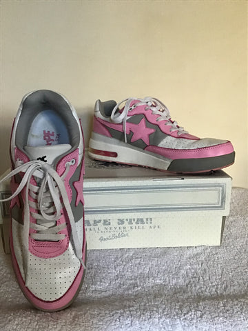 BAPE STA * A BATHING APE  FOOT SOLDIER WHITE WITH PINK GREY TRIM  TRAINERS SIZE 10 / 44.5