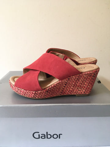 BRAND NEW GABOR CORAL SUEDE WEDGE HEEL MULES SIZE 3.5 /36