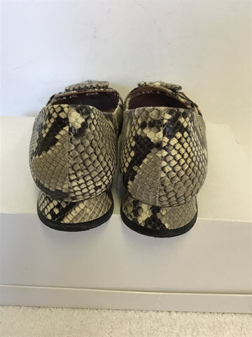 WHISTLES BLACK,GREY & WHITE SNAKESKIN PRINT BUCKLE TRIM LEATHER FLATS SIZE 5/38