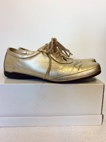 PADDERS PALE GOLD LEATHER LACE UP FLATS SIZE 4/37