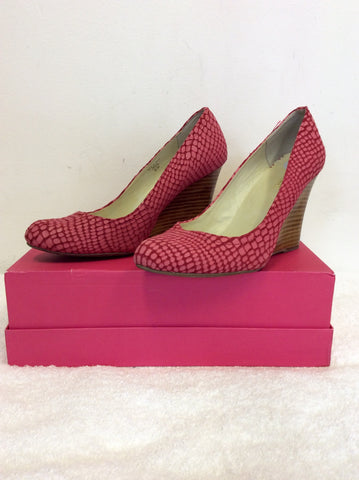 MAXSTUDIO PINK SNAKESKIN SUEDE & LEATHER WEDGE HEELS SIZE 6/39