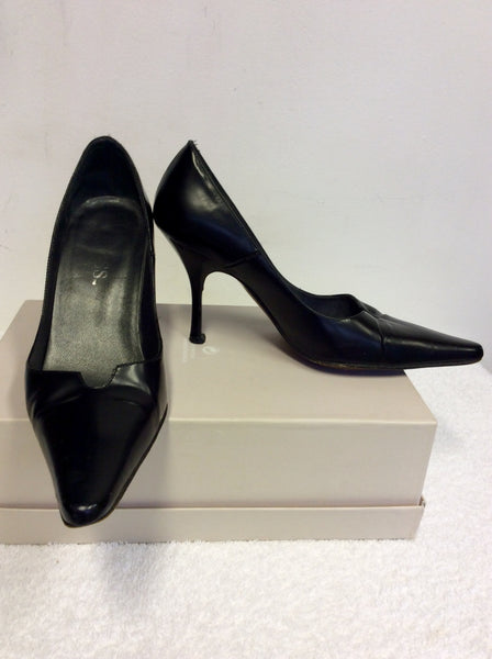 GUESS BLACK LEATHER HEELS SIZE 2.5/35