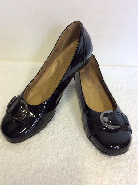 HOTTER BLACK PATENT LEATHER BUCKLE TRIM COURT SHOES SIZE 7/41