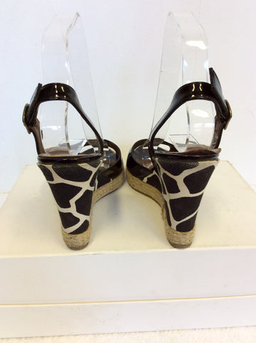 HOBBS BLACK PATENT & CANVAS PRINT WEDGE HEEL SANDALS SIZE 4/37