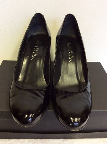 JANE SHILTON BLACK PATENT LEATHER WEDGE HEELS SIZE 5.5/38.5