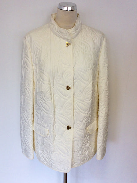 BASLER WHITE EMBROIDERED LIGHTWEIGHT JACKET SIZE 20
