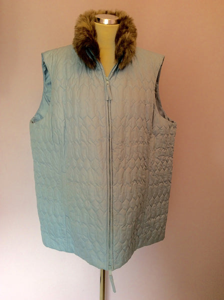 Liz Claibourne Light Blue Faux Fur Collar Gilet Size XXL - Whispers Dress Agency - Womens Gilets & Body Warmers - 1