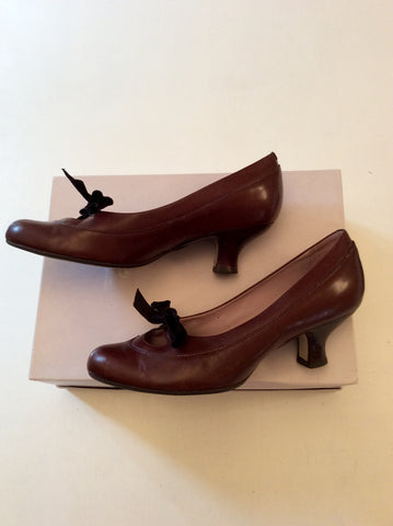 CLARKS DARK BROWN LEATHER TIE BOW TRIM HEELS SIZE 5.5/38.5 - Whispers Dress Agency - Womens Heels - 2