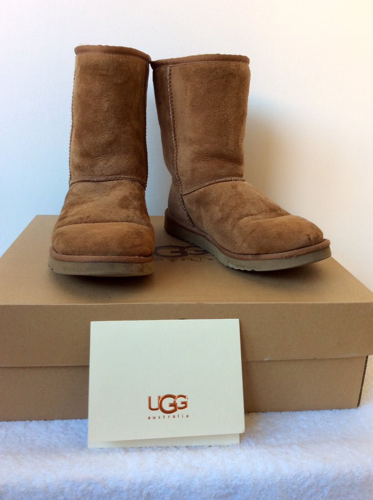 3515855f38a UGG TAN BROWN SHEEPSKIN CLASSIC SHORT BOOTS SIZE 6/39 – Whispers ...