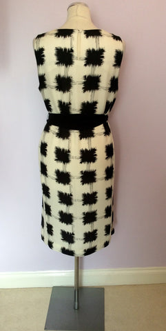Brand New Jaeger Black & White Print Silk Dress With Tie Belt Size 16 - Whispers Dress Agency - Sold - 3