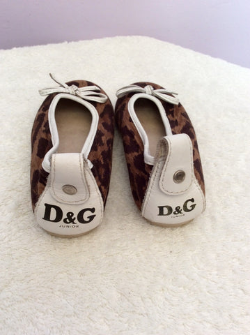 Dolce & Gabbana Junior Brown Canvas Leopard Print Pumps Size 8.5/ 26 - Whispers Dress Agency - Girls Footwear - 2
