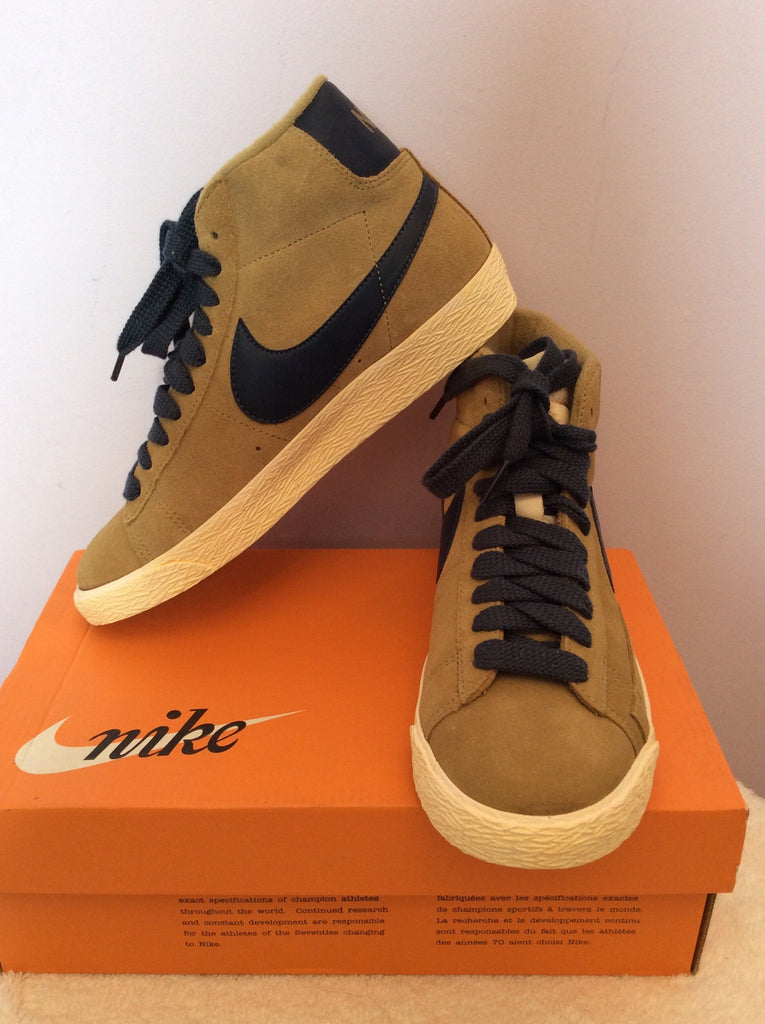 finest selection 1dcb3 68992 Brand New Nike Beige   Blue Suede Blazer Filbert Mid Trainer Boots Size 4 37