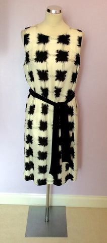 Brand New Jaeger Black & White Print Silk Dress With Tie Belt Size 16 - Whispers Dress Agency - Sold - 1