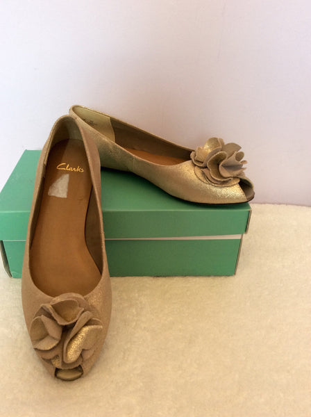 Brand New Clarks Champagne Gold Leather Peeptoe Flat Shoes Size. 5/38 - Whispers Dress Agency - Sold - 1