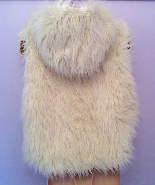 2ce9ee0cb18f Monsoon Winter White Faux Fur Gilet Age 8-10 Yrs – Whispers Dress Agency