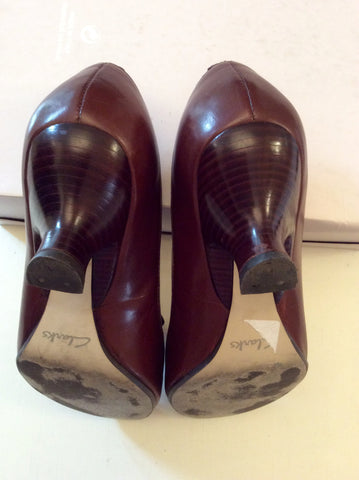 CLARKS DARK BROWN LEATHER TIE BOW TRIM HEELS SIZE 5.5/38.5 - Whispers Dress Agency - Womens Heels - 4