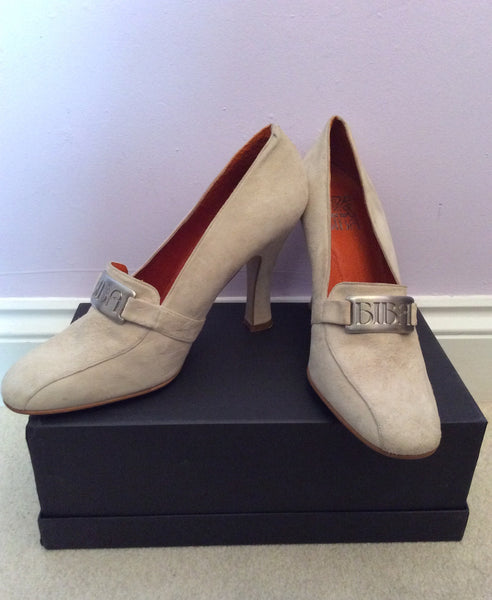 Vintage 1990s Biba Cream Suede Heeled Court Shoes Size 6.5/40 - Whispers Dress Agency - Sold - 1