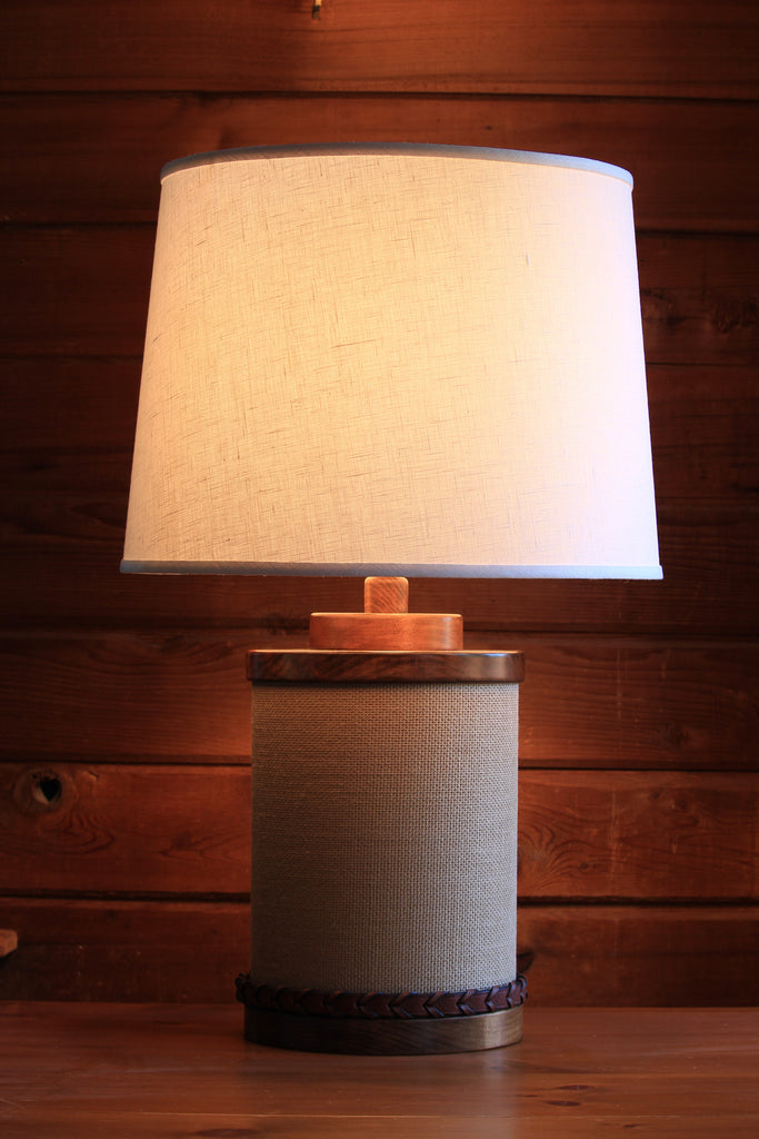 HAND CRAFTED VINTAGE STYLE DERBY TABLE LAMP