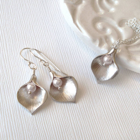 Calla Lily Jewellery Set