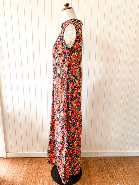 Vintage 1960s red floral dress size  8/10