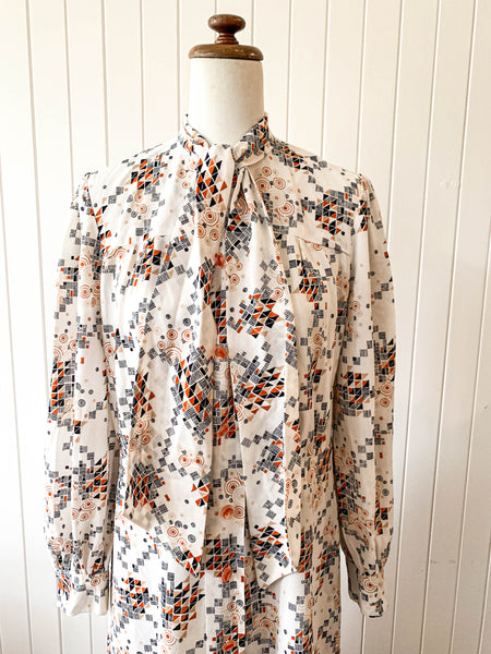 Vintage 1970s dress amazing abstract print