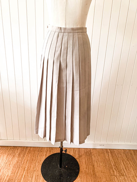Vintage 1970s Pleated skirt Fletcher Jones