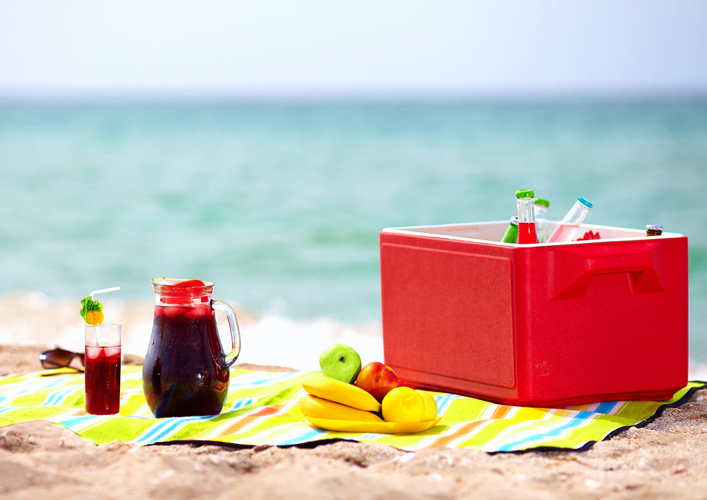Foods You Shouldn't Eat at the Beach