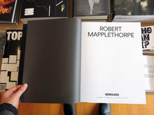 Load image into Gallery viewer, Robert Mapplethorpe - Pictures