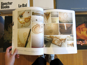 Lizan Freijsen – The Living Surface: An Alternative Biology Book on Stains