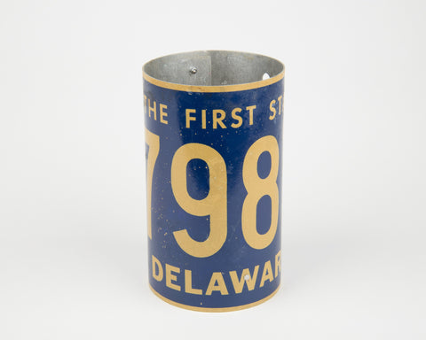 Delaware License Plate Pencil Holder- Delaware Souvenir - Father's Day gift Idea - Delaware Teacher Gift idea - Delaware Gift Idea  Recycled License Plate Art - Unique Pl8z