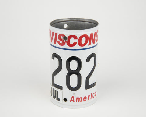 Wisconsin License Plate Pencil Holder - Wisconsin Souvenir - Father's Day gift Idea - Wisconsin Teacher Gift idea - Wisconsin Gift Idea  Recycled License Plate Art - Unique Pl8z