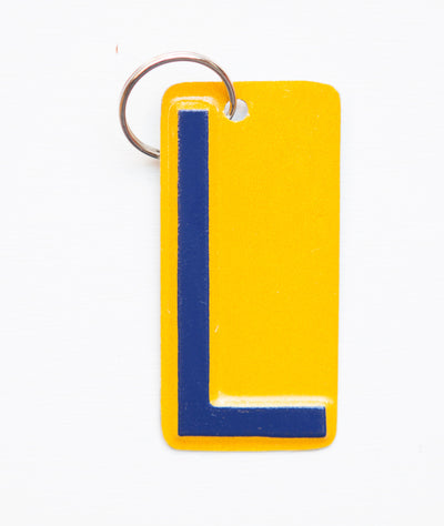 LETTER L KEY CHAIN - Unique Pl8z