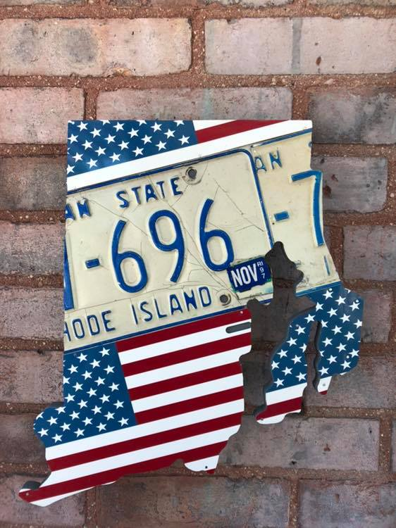 PENNSYLVANIA KEYSTONE SHAPE  Recycled License Plate Art - Unique Pl8z